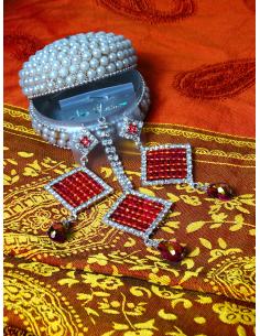 Boucles d'oreilles & bijoux...