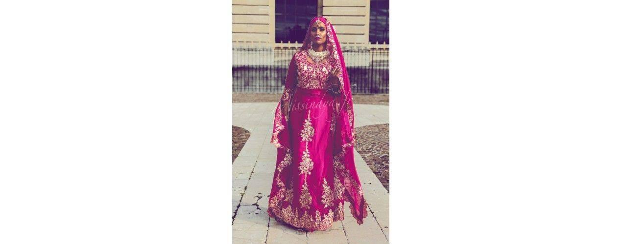 Lehenga choli , sari indien jupe richement perlé - missindya