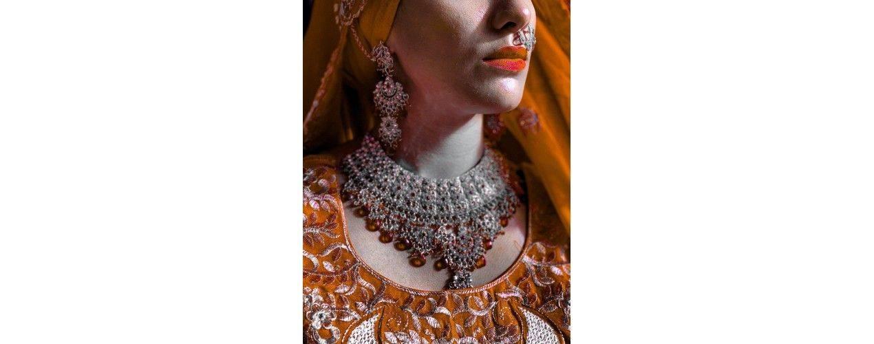Parure Bijoux indiens Argenté 4 pièces